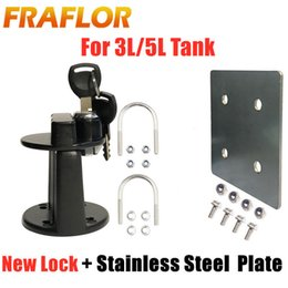 fuel cans NZ - Cheap Petrol Cans Updated Lock Clamp With Key For 3L 5L Fuel Oil Tank Mount Bracket Lock New Fastener Petrol Can Jerry
