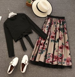 elegant women suits long skirt UK - Women Long Sleeve T Shirt Tops+Mesh Floral Printed Skirts Sets Short Style Solid T-shirts Elegant Skirt Suits for Woman