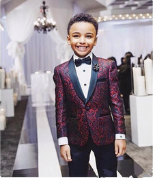 Boys Handsome 2 Pieces Burgundy floral Boy Formal Wear wedding party birthday Black Lapel With Black Pants on Sale
