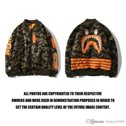Wholesale sweater holes sleeves resale online – 2020 apes men s jacket fashion sweater outdoor sports long sleeved jacket hip hop style letter print cartoon camouflage glow P3