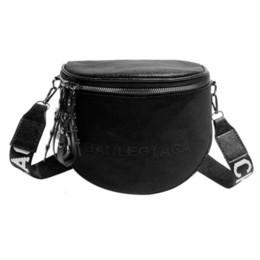 Fashion Crossbody Bag For Women Pu Leather Messenger Shoulder Letter Saddle Bags Lady Semicircle Zipper Money Purse Bolsas Feminina