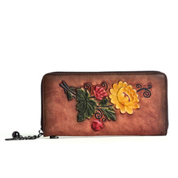 Discount floral womens wallets ABER Retro Genuine Leather Hand Wallet 2020 New Handmade Embossing Phone Purse Wallet Card Holder Womens Wallets