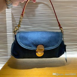 Wholesale denim factory for sale - Group buy Factory outlet fashion denim shoulder bags women messenger bag female crossbody bags lady wallet top quality evening bag with box B036