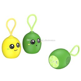 cute phone speaker UK - wireless bluetooth speaker Mini portable lemon speaker Lightweight good sound cute cartoon speaker with retail packaging