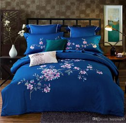 embroidered duvet cover sets queen Australia - Flower Embroidered Home Textile Egypt Cotton Bedding Set Luxury 4pcs Blue Bed cover Set Solid Color Duvet Cover Bed Sheets Pillowcases Set