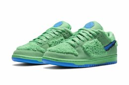 grade school shoes NZ - Kids SB Dunk Green Bear Shoes for Sale With Box Best boys Grade school men women sneakers store wholesale US5.5-US11