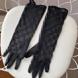Luxe G Lettre Gants femme Mesh simples Gants respirant noir élégant Handwears filles Mode Sport Gant Girlfriend Beathday cadeau en Solde