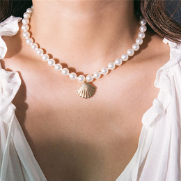 pearl pendant designs gold Australia - 10pcs Lot Simple Scallop Design Pendant Necklace Pearl Shell Royal Gown Beaded Necklaces For Women Party Dress Decoration Jewelry