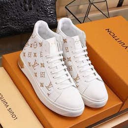 top deportivo UK - New Arrival Mens Shoes Drop Ship Outdoor Walking Footwears Vintage Lace -Up High Top Plus Size Men Shoes Calzado Deportivo Para Hombre