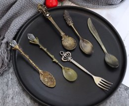 crystal spoons UK - Vintage Royal Style Metal Carved Coffee Spoons Forks with Crystal Head Kitchen Fruit Prikkers Dessert Ice-cream Scoop gift