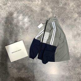 2020 otoño francesa e impresión carta reflectante de alta calidad de diseño de lujo camiseta de los hombres de la moda de invierno cortavientos transpirable cremallera en venta
