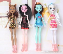 doll fun Canada - Monster Fun High Dolls action figures Monster Draculaura Hight Moveable Joint Children Best Gift Fashion Dolls kids toys