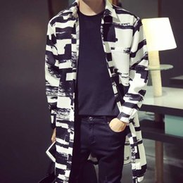 Wholesale korean fashion trench coat resale online - New European Style Men Long Coat Korean Fashion Casual Couple Loaded Loose Long Striped Jacket Trench