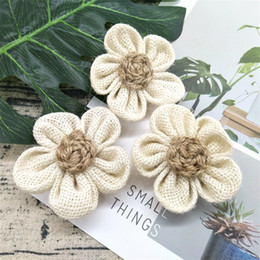 jute flowers wholesale UK - Handmade Burlap Flowers Vintage hessian Jute Wedding Party Decoration Christmas Supplies Natural color Shabby Chic Party Supplies