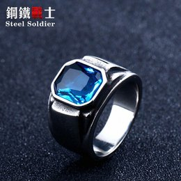 stainless steel ring blue stone Canada - steel Korean fashion 2020 new solider green stone ring for women blue stone high polished men ring stainless steel jewelry vgnw#