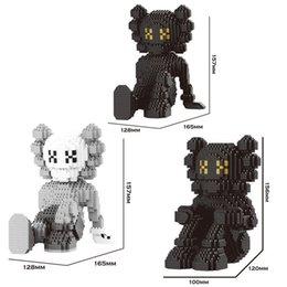 1380pcs Building Blocks Garage Kit Mode Cartoon Characters Bibliothèque Décoration 16,5 * 12 * 10 (cm) Moyen Taille trottinettes décoratif en Solde