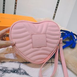 heart shaped bags NZ - Fast Delivery Womens Leather Vintage Crossbody Bags High Quality Ladies Shoulder Bag Clutches Handbag Luxury Designer Heart Shaped Bag