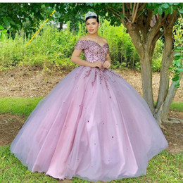 fall off shoulder shirts UK - Luxury Ball Gown Quinceanera Dresses Off The Shoulder Neck Sequined Prom Gowns Corset Back Sweep Train Tulle Sweet 16 Party Dress