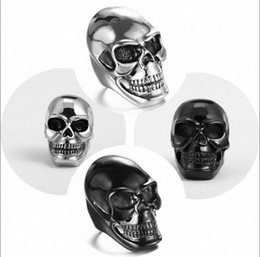 women skull rings UK - Women Men Steampunk Stainless Steel Jewelry Skull Ring Silver&Black Rings Gift qjEC#
