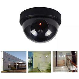 Falso Manequim IR Camera LED Câmera Dome CCTV Simulado Segurança Video Signal Generator Home Security Fontes YFA2285 em Promoção