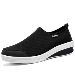 platforms shoes for women Australia - 2020 New Casual Shoes For Women Ladies Brand Breathable Platform Sneakers Fashion Slip-on Soft Chunky Shoes Chaussure Femme