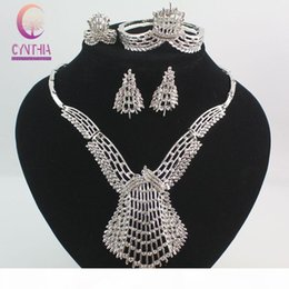 wedding costume jewelry dubai UK - Fashion Dubai Gold Silver Plated Crystal Jewelry Sets Costume Big Design Nigerian Necklace Earrings Bracelet Ring Wedding African Beads Jew
