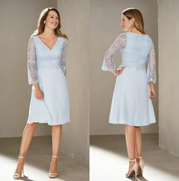 winter wedding dresses mother bride UK - Sky Blue Knee Length Mother Of The Bride Dresses V Neck Formal Evening Wear Lace Wedding Guest Dress With Long Sleeves