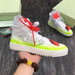 Venta al por mayor de diseñador hombres y mujeres zapatillas altas zapatillas altas zapatillas de deporte de cuero informal y cómodo zapatos de pareja de zapatos 36-45
