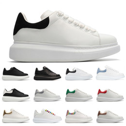 Discount designers suede shoes hotsale casual shoes luxurys designers shoes Black Suede Backtab Triple White Grey Backtab men women fashion platform sn