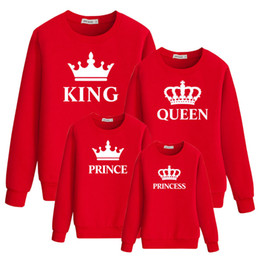 Wholesale daddy t shirt for sale – custom Family Look Sweatershirts Mommy And Me Matching Outfits Daddy Baby Boy Full T Shirt KING QUEEN PRINCE PRINCESS Family Clothes WY6018