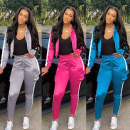 Wholesale women s reflective jacket resale online – Fall Winter womens tracksuits stitching reflective strip two piece outfits set zipper jacket sports trousers sweatsuits plus size clothing