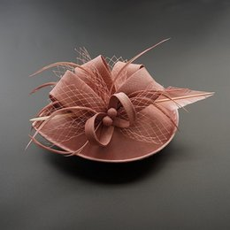 headpiece feathers UK - Women Chic Fascinator Hat Cocktail Wedding Party Church Headpiece Fashion Headwear Feather Hair Accessories Sinamay Fascinators LJ200921