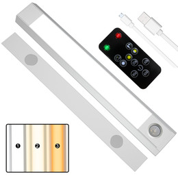 Wholesale Factory Big Promotion 60 LED PIR Motion Sensor Closet Bar Light Under Cabinet Lighting 3 color in one Remote USB Rechargeable FCC CE Rohs