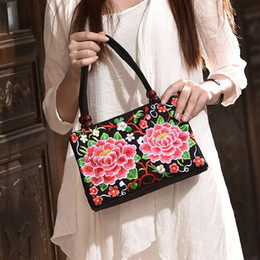 hand embroidered handbag Australia - Women's Hand Bag Ethnic Style Embroidered Fashion Handbag Canvas Shoulder Top-Handle Totes Outdoor Personality Floral Women Bags