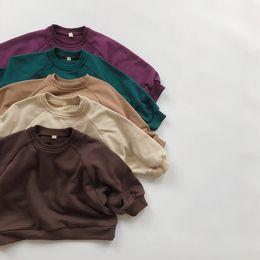 HX Kore Tarzı Yeni Ins Küçük Erkek Kızlar Düz Tişörtü Tasarımcı İlkbahar Sonbahar Puf Kollu Çocuk Bountique Giyim Sweatershirts