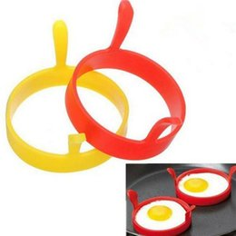 silicone cake ring NZ - Silicone Mold Fried Egg Kitchen Egg Tool Frier Oven Poacher Pancake Ring Mould Tool 6 Colors With handle Silicone Bakeware Cake Mold DHF158
