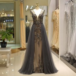 detachable trains for wedding dresses 2021 - Detachable Train Wedding Dresses Bridal Gowns for Girls Rhinestone Bead Lace Applique Wedding Gowns Court Train robe de mariée custom made