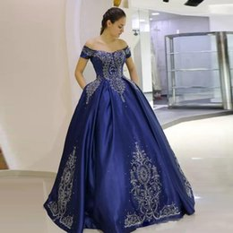 vintage velvet gown UK - 2019 Dubai Arabic Off Shoulder Royal Blue Ball Gown Prom Dresses With Embroidery Lace Appliques Bead Satin Formal Evening Party Gowns Custom