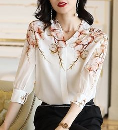 Wholesale silk screen printing shirts for sale – custom White short sleeved shirt for women Summer new elegant V neck Screen shirt silk screen casual loose printed mulberry silk top