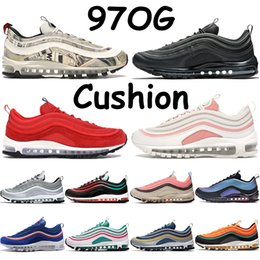 Wholesale pack man games for sale - Group buy Best s running shoes men women trainers triple black summit white newspaper silver bullet olympic rings pack red blue game royal sneakers