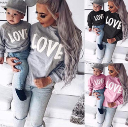 Women Kids Designer Letters Print Long Sleeve T Shirt Round Neck Sweater LOVE Family Parent-child Outfit Fashion Casual Sports Tops E81803 on Sale