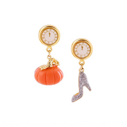 screw shoes Australia - Autumn and Winter new gold-plated clock earmuffs fashionable personalized pumpkin crystal shoes Pendant Crystal Earrings pendant earrings ea