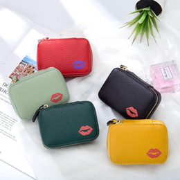 heart shaped makeup mirrors Australia - Genuine Lipstick Cosmetic Bags Storage Leather Carry-on Bag Portable Makeup Small 2021 Mini Box Mirror Rjatb