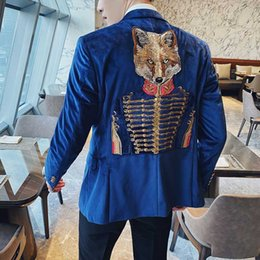 Wholesale british style jackets for men resale online - Plyesxale Fashion Embroidered Blazers For Men British Style Royal Blue Velvet Gentleman Blazer Elegant Party Prom Jacket Q323