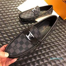Wholesale snap top online – design Top luxury new mens designer dress shoes Genuine leather Metal snap Peas wedding Shoes classic fashion Men s shoes big size loafers l12