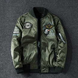 Wholesale military motorcycle jackets resale online – Winter Bomber Jacket Men Military Pilot Jacket Badge Fashion Double Side Wear Motorcycle Jacket aautumn Youth Big Size XL XL CX200817