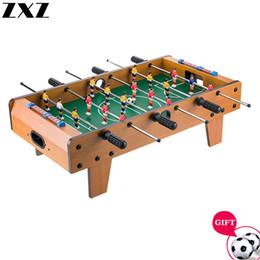 Menino do Natal duplas de madeira Crianças Tabletop Foosball Tabela Máquina de Futebol Toy presente adulto Entretenimento Bar Jogos de mesa 69cm em Promoção