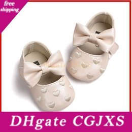 wholesale mary jane baby shoes Australia - 2020 Kids Prewalkers Baby Bebe Soft Moccasin First Walkers Newborn Infant Footwear Sapatos Baby Mary Jane Shoes Princess Crib