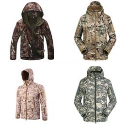Wholesale male jackets for sale resale online – Autumn Thin Jackets For Men Brand Brand Designer Running Jacket Thin Windbreaker Hot Sale Sports Hooded Coats Male Sportwears