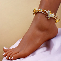 Iced Out Diamond Women Body Chain Jewelry Rhinestone Cuban Link Anklets Gold Silver Pink Butterfly Anklets Bracelets